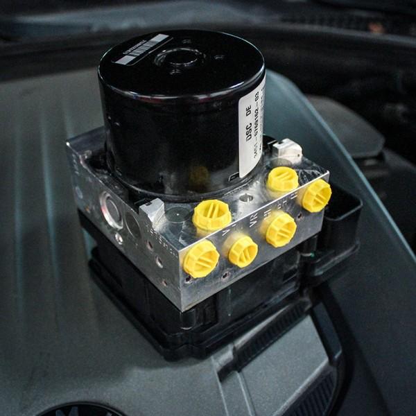 Suzuki Splash Bj. 2010 - 2014 ABS-ESP Steuergeräte Reparatur
