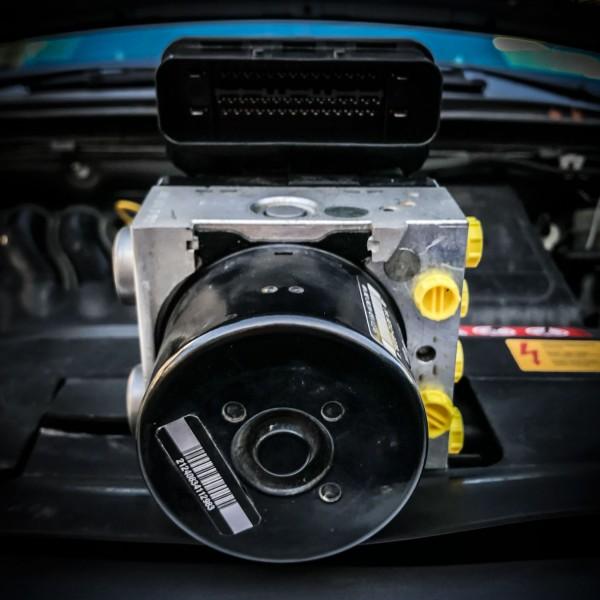 Volkswagen Scirocco Bj. 2008 - 2012 ABS-ESP Austausch Steuergerät